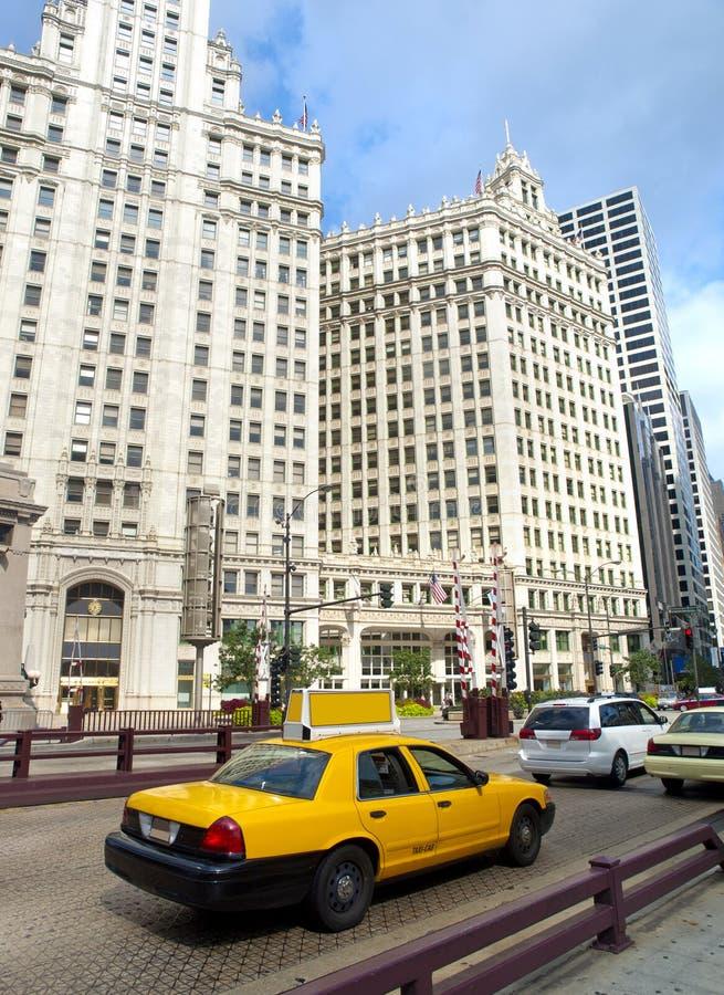 Taxi típico en las calles de Chicago fotografía de archivo
