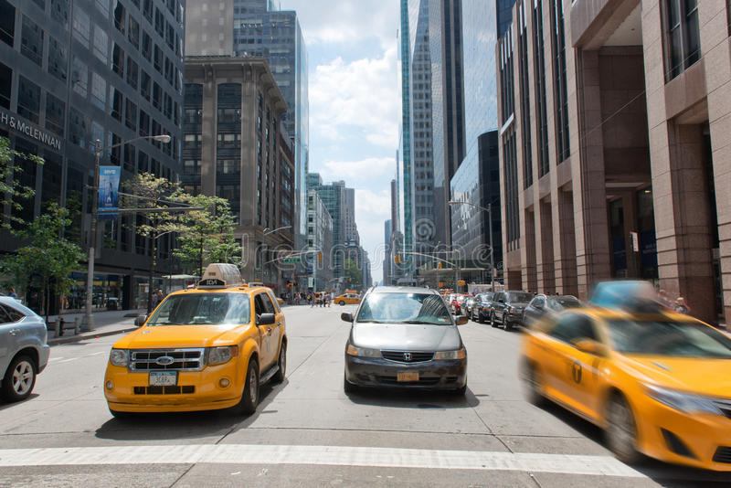 Taxi traditionnel du jaune NYC photographie stock