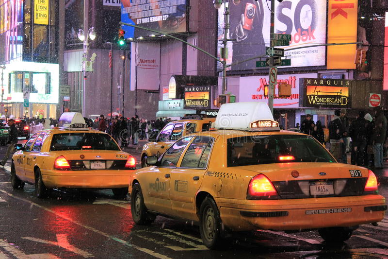 Taxi w Timesquare obrazy stock