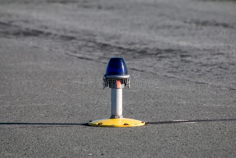 Taxibaan, zijrijlichten stock fotografie