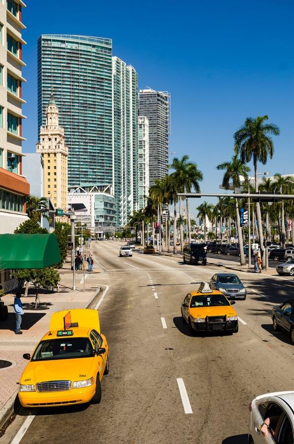 Taxichaufför i södra strandhavdrev i Miami fotografering för bildbyråer