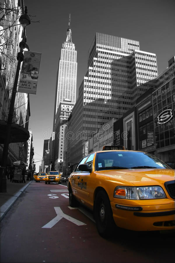 Download Taxies in Manhattan editorial image. Image of building - 15866150