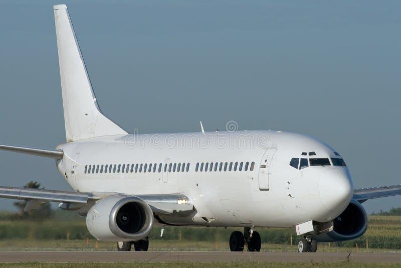 Taxiing do avião do jato fotos de stock royalty free