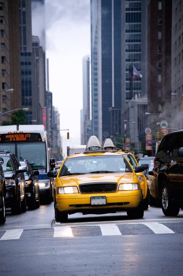 Taxis en Times Square imágenes de archivo libres de regalías