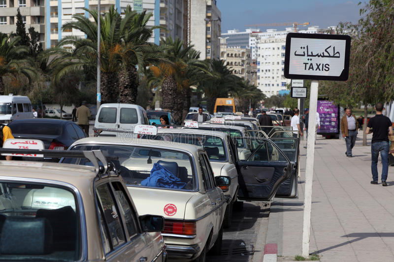 Taxis grands au Maroc images stock