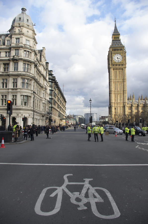 Taxis que protestan contra Uber imagenes de archivo