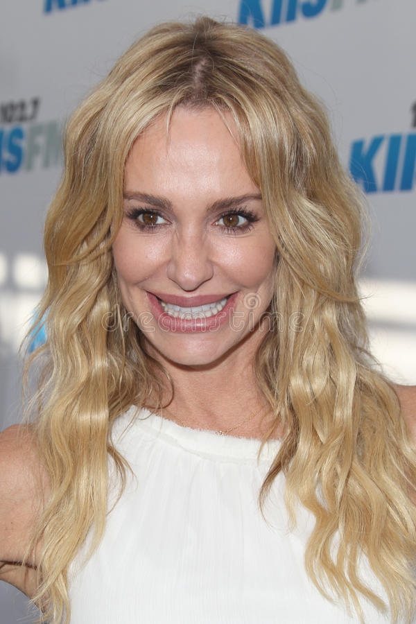 Download Taylor Armstrong Arrives At The Editorial Stock Photo - Image of concert, carson: 25283923