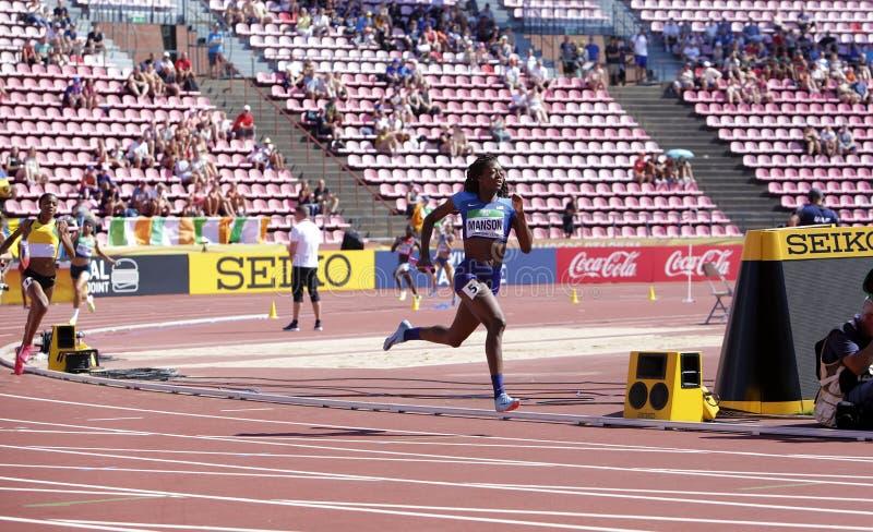 TAYLOR MANSON van de V.S. loopt aan winst in 4x400-def. van het meterrelais in het IAAF-Wereldu20 Kampioenschap in Tampere, Finla stock fotografie