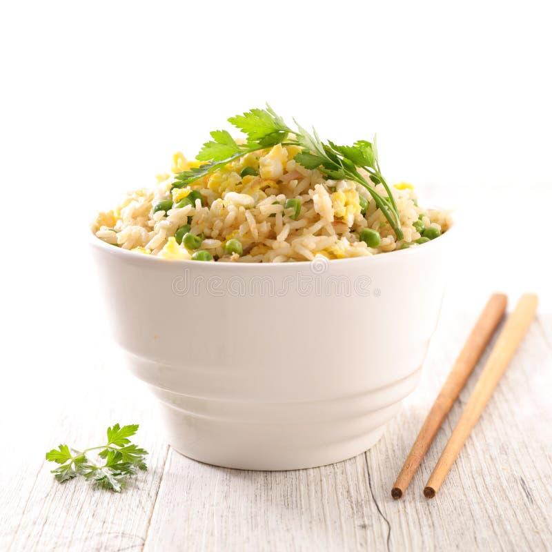 Tazón de fuente de arroz frito foto de archivo
