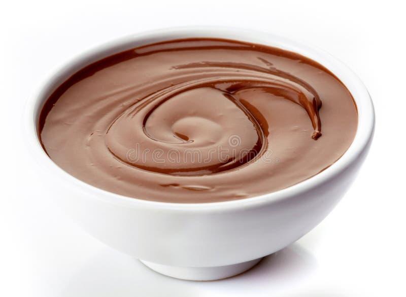 Tazón de fuente de crema del chocolate fotos de archivo libres de regalías