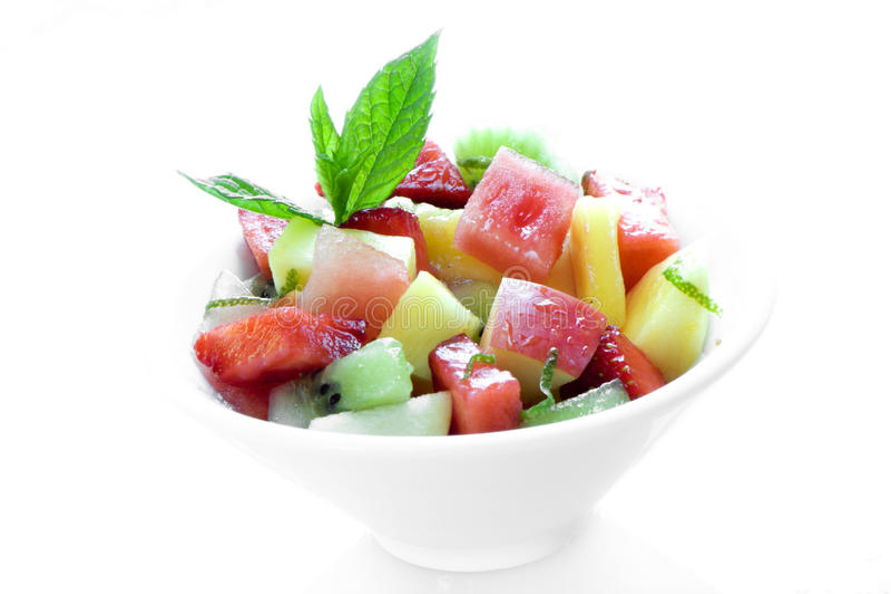 Tazón de fuente de ensalada de fruta foto de archivo