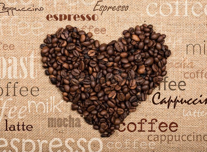 Taza de café con el corazón foto de archivo