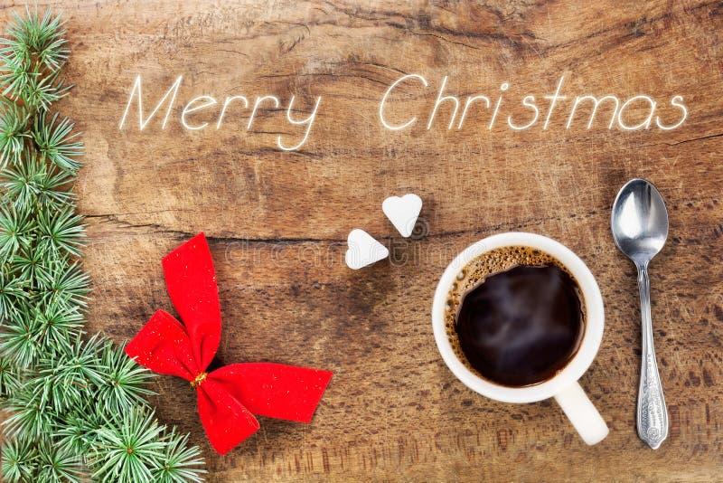 Taza de café con la decoración 7 de la Navidad imagen de archivo