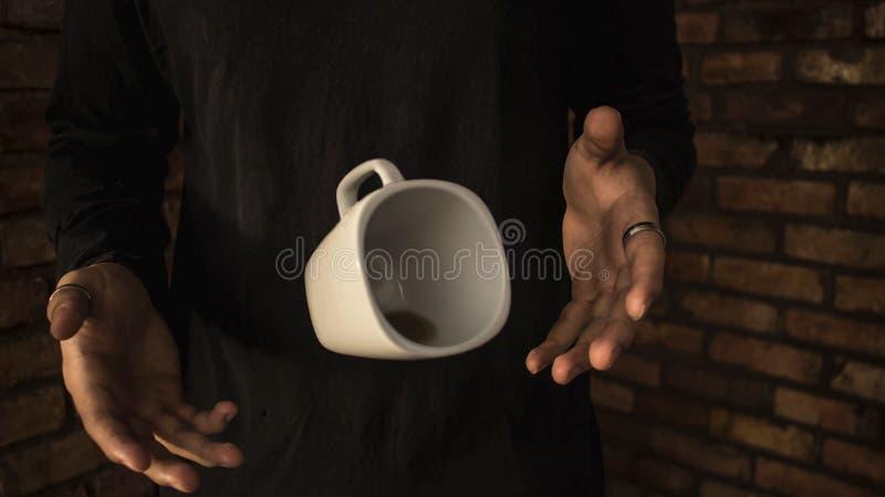 Taza de café que flota el café ideal Colombia fotos de archivo libres de regalías