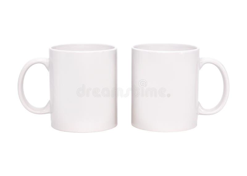Taza de caf? en blanco aislada en el fondo blanco Plantilla de la taza de la bebida para su dise?o Trayectorias de recortes o cor imagen de archivo