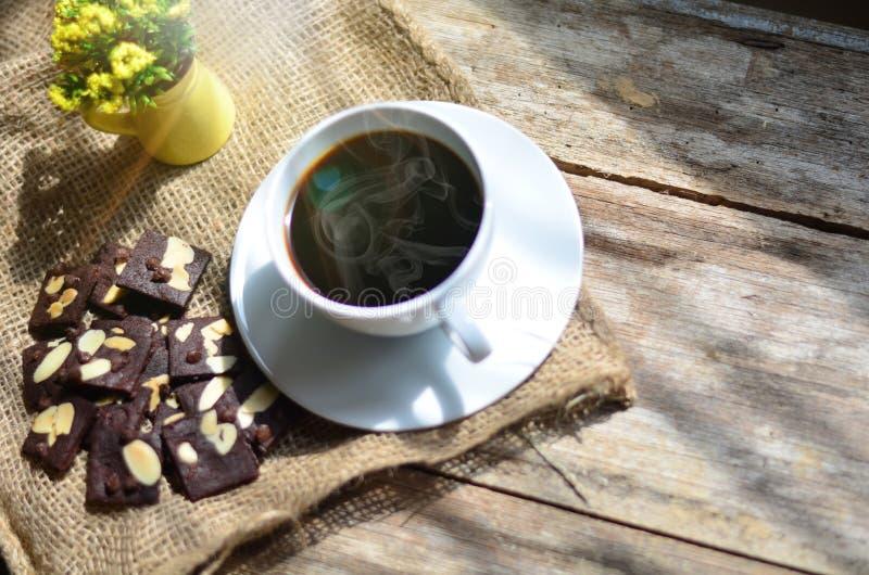 Taza de caf? y de galletas sabrosas Tiempo del t? y concepto del desayuno fotos de archivo libres de regalías