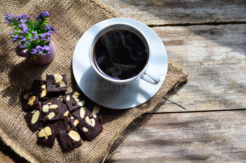 Taza de caf? y de galletas sabrosas Tiempo del t? y concepto del desayuno imagen de archivo libre de regalías