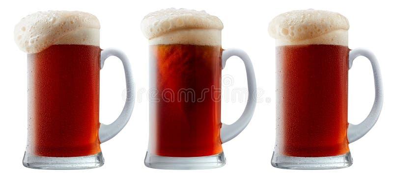 Download Taza De Cerveza Rojo Oscuro Escarchada Con Espuma Foto de archivo - Imagen de flowing, bávaro: 100526498
