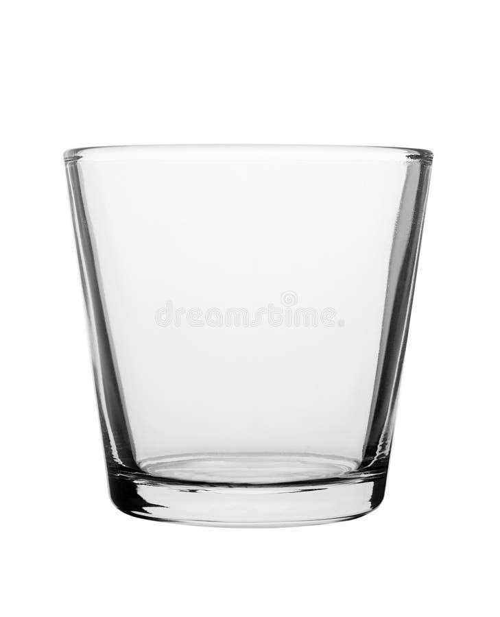 Taza de cristal vacía aislada en el fondo blanco Para el alcohol o los cócteles imagenes de archivo