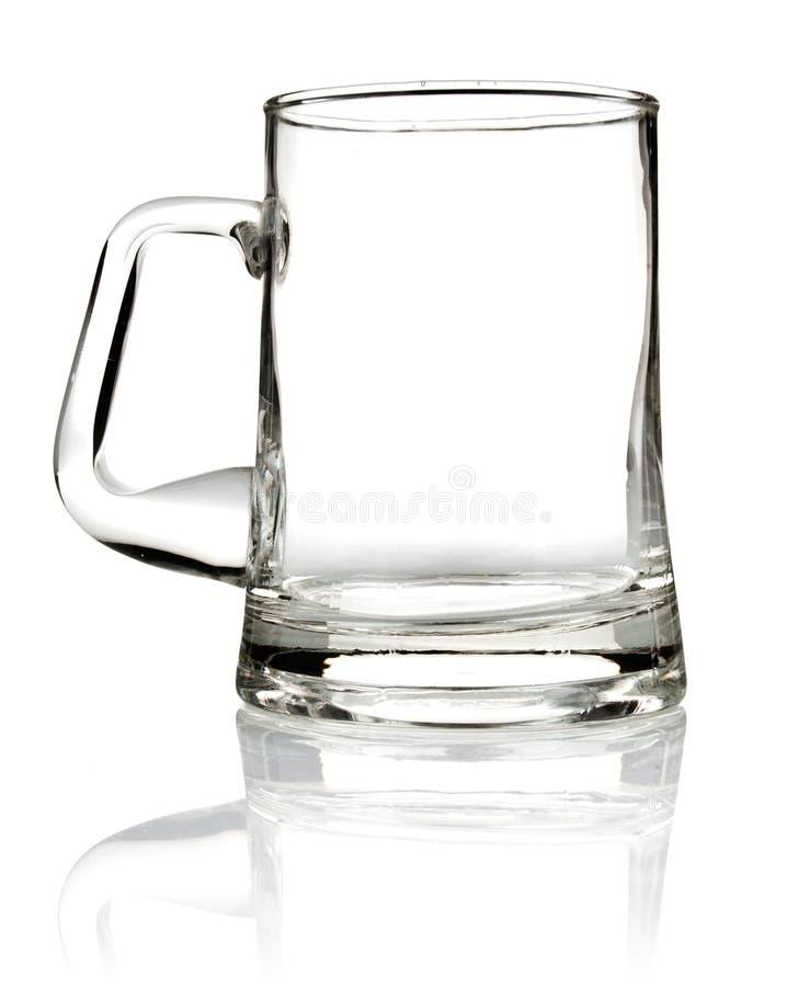 Taza de cristal vacía para la cerveza foto de archivo