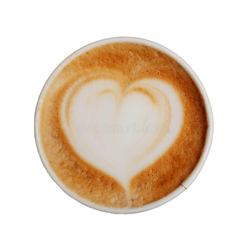 Taza de papel de café delicioso fresco del capuchino con arte hermoso del latte en la forma del corazón aislado en el fondo blanc imagenes de archivo