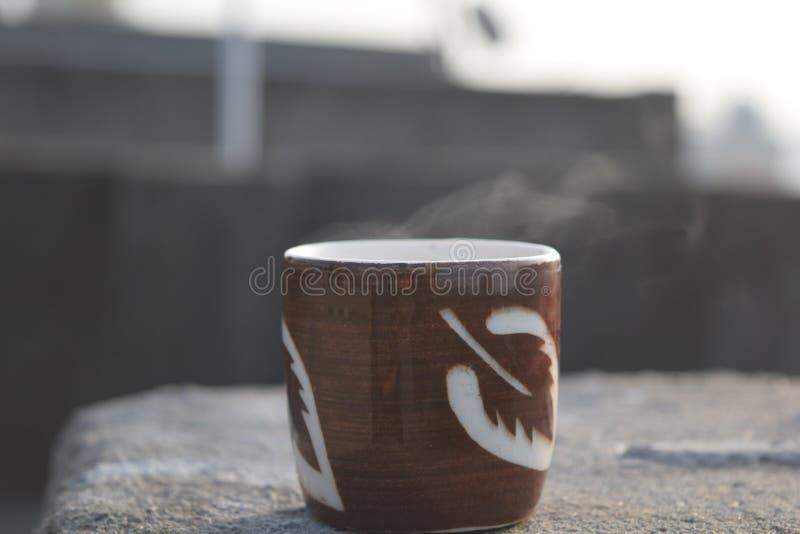 Taza de té del diseñador fotos de archivo