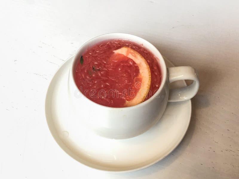 taza de té del pomelo imágenes de archivo libres de regalías