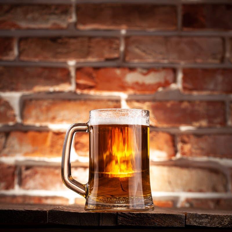 Taza de una cerveza fotografía de archivo libre de regalías