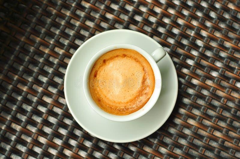 Download Taza del café con leche imagen de archivo. Imagen de taza - 42446369