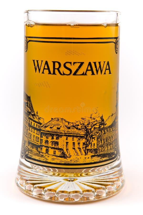 Taza del vidrio de cerveza por completo. foto de archivo