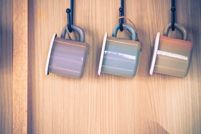 Taza en la pared foto de archivo libre de regalías