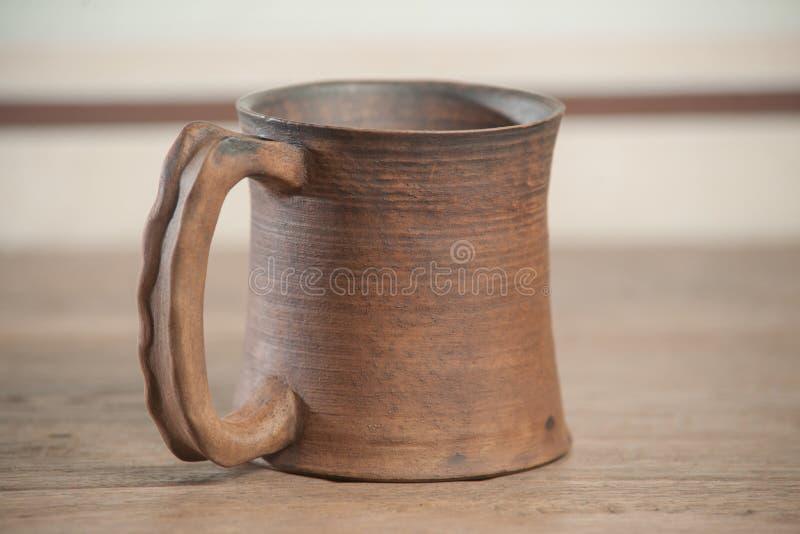 Download Taza Handcrafted Tradicional Foto de archivo - Imagen de viejo, cerámica: 44850868