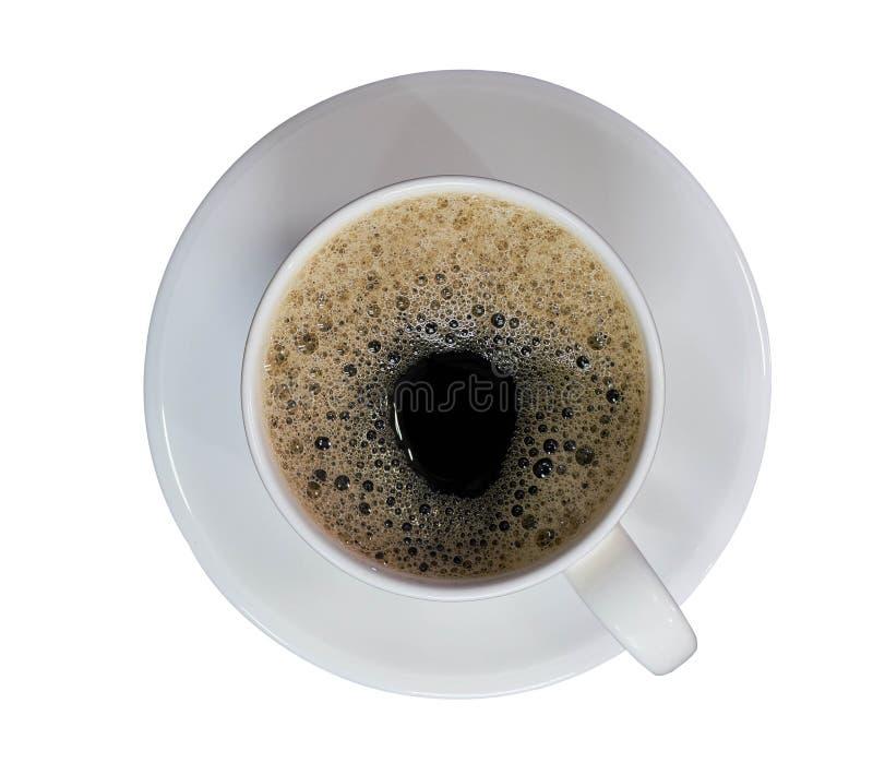 Taza llenada café con la opinión superior de las burbujas sobre fondo blanco aislado fotos de archivo