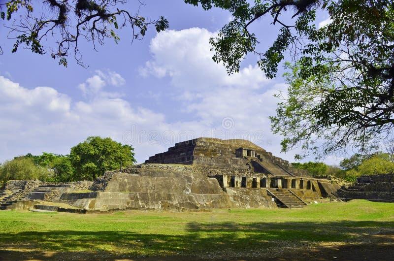 Tazumal El Salvador stockbilder