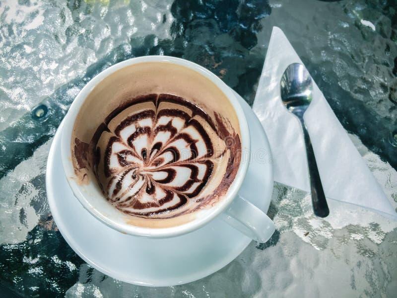 Tazza del caffè del mocha a New York City del centro fotografia stock libera da diritti