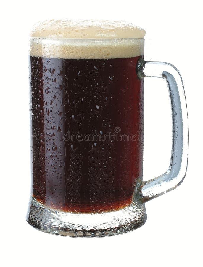 Tazza di birra scura immagini stock libere da diritti