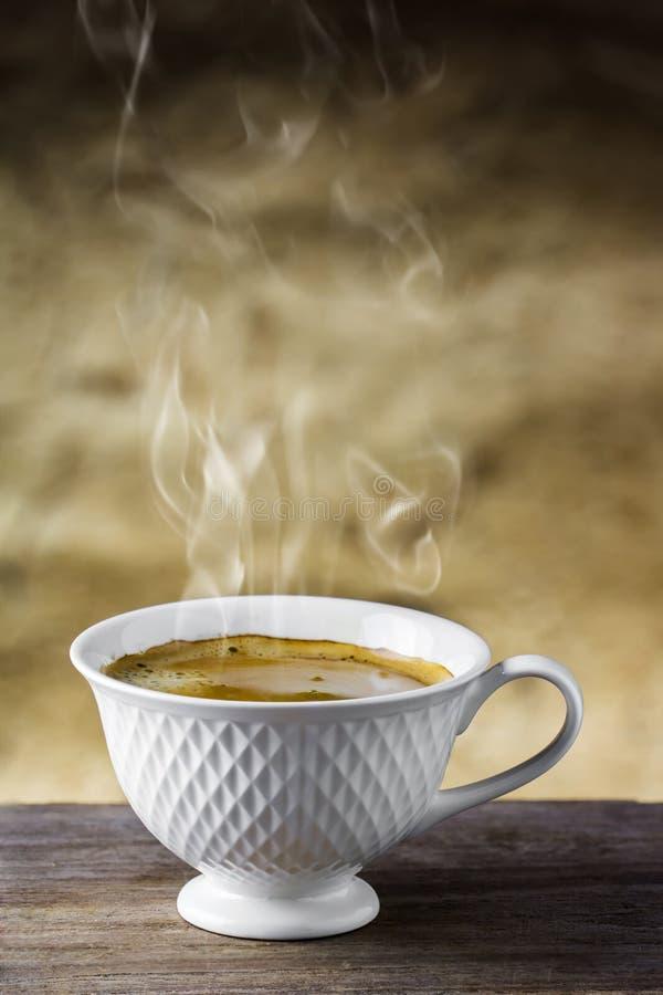 Download Tazza di caffè immagine stock. Immagine di brown, caffè - 55354329