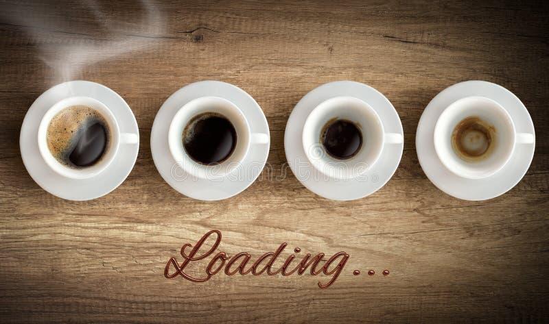 Tazza di caffè - caricamento di mattina fotografia stock