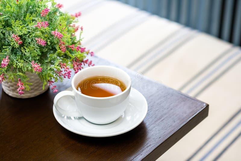 Tazza di tè e del vaso fotografia stock libera da diritti