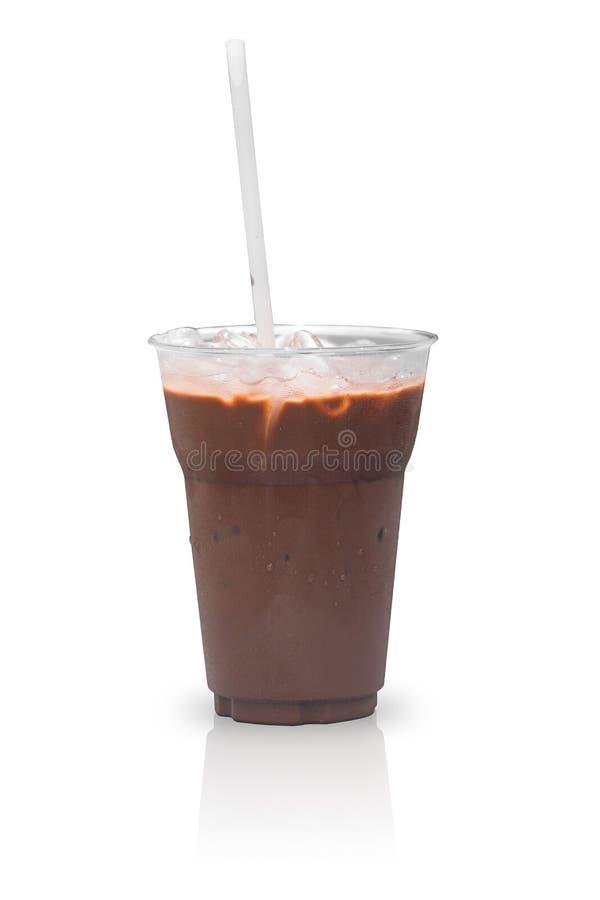 Tazza ghiacciata della moca o del caffè su bianco fotografia stock