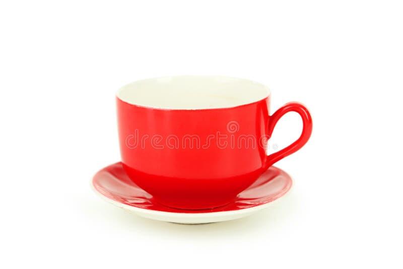 Tazza rossa vuota isolata su bianco fotografia stock libera da diritti