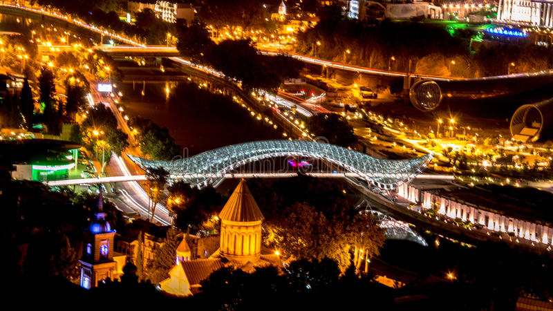 Tbilisi Georgië bij Nacht royalty-vrije stock fotografie