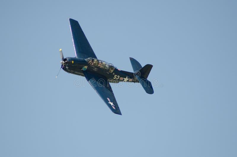 TBM-de Bommenwerper van de Marinevliegtuigen van de Wrekerv.s. royalty-vrije stock foto