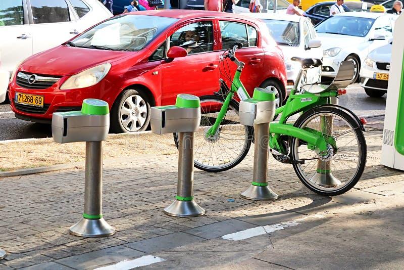 TBycicle czynsz w Tel Aviv, Izrael zdjęcia stock