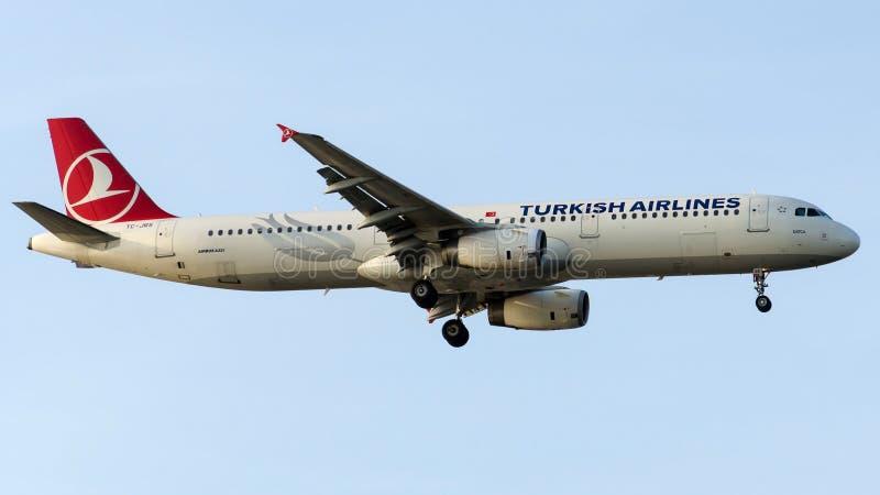 Download TC-JRS Turkish Airlines, Airbus A321-231 που ονομάζεται DATCA Εκδοτική Φωτογραφία - εικόνα από άφιξης, atacama: 62706527