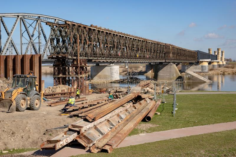Tczew pomorskie, Polska, Marzec,/-, 28, 2019: Remont stary historyczny Lisewski most Odbudowa Vistula skrzyżowanie zdjęcia stock