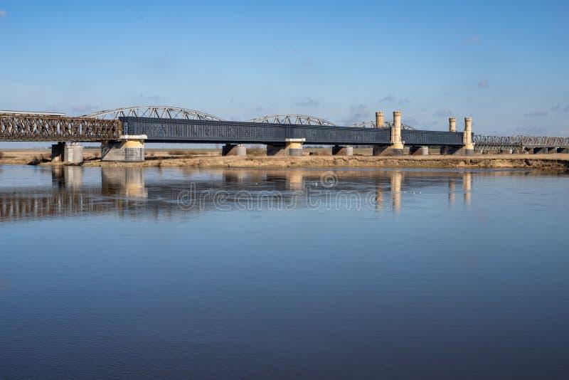 Tczew pomorskie, Polska, Marzec,/-, 28, 2019: Stary dziejowy Lisewski most Drogowy skrzyżowanie przez Vistula obrazy royalty free