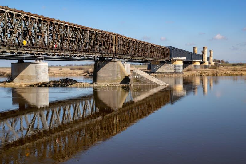 Tczew pomorskie, Polska, Marzec,/-, 28, 2019: Stary dziejowy Lisewski most Drogowy skrzyżowanie przez Vistula fotografia stock
