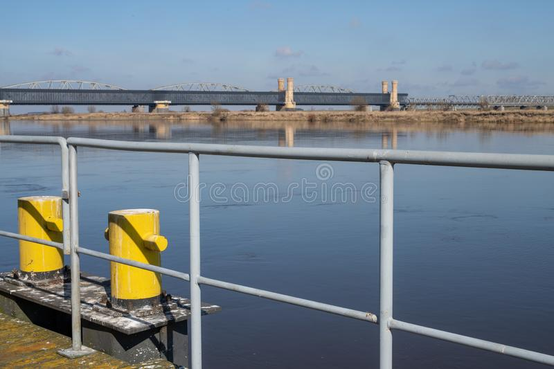 Tczew pomorskie, Polska, Marzec,/-, 28, 2019: Stary dziejowy Lisewski most Drogowy skrzyżowanie przez Vistula zdjęcie stock