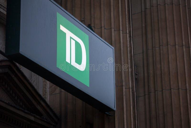 TD Bankembleem voor hun tak voor Montreal, Quebec Ook genoemd geworden Vertrouwen van Toronto Dominon Canada royalty-vrije stock foto's